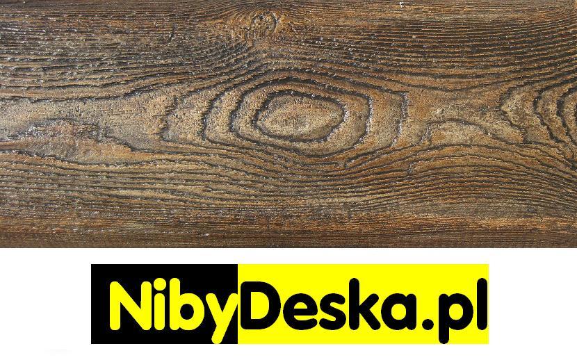 imitacja drewna na elewacji